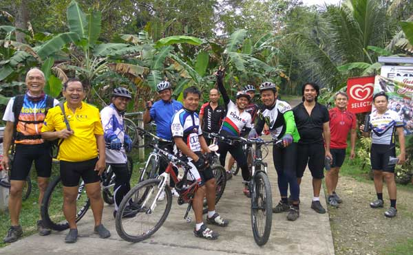 Bike Ride with Juan Huerte: Loboc, Sikatuna, Corella and Baclayon