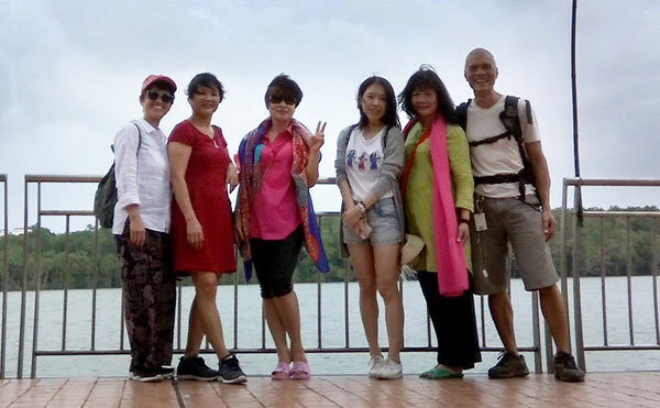 Hanging-Out in Kuantan with the Guangzhou 5