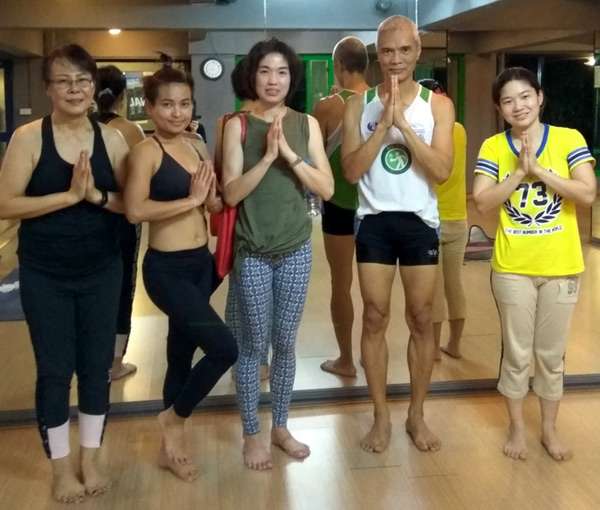 Flow Yoga with Teacher Kea at Now's Fitness